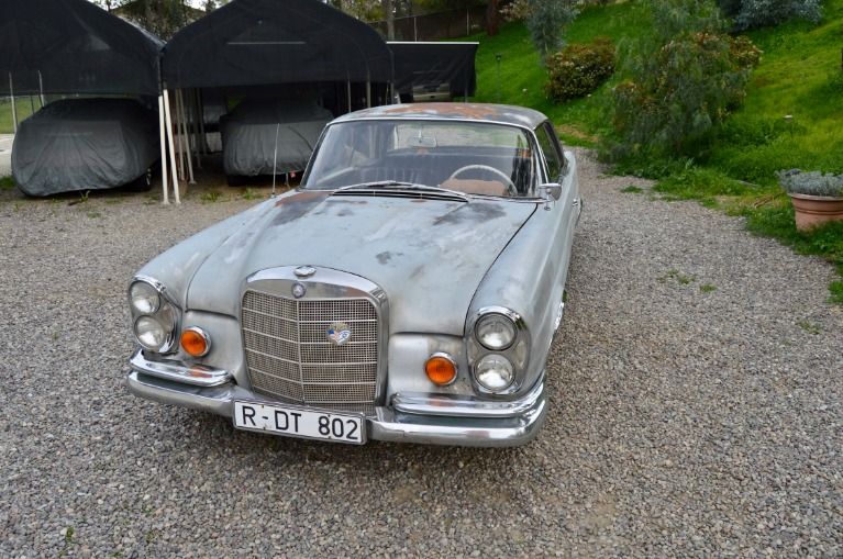 Used-1962-Mercedes-Benz-220SEb