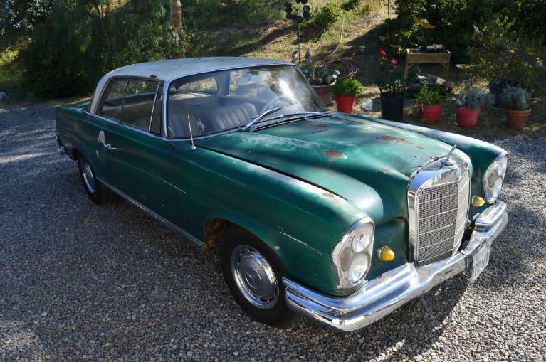 Used-1963-Mercedes-Benz-220SE